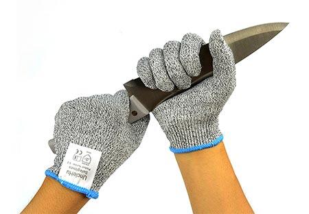 4. UncleHu Cut Resistant Gloves