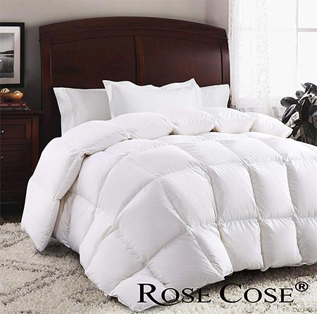 8. ROSECOSE Luxurious Comforter